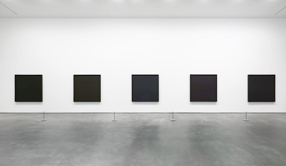 installation-view-ad-reinhardt-david-zwirner-new-york-2013_5_0